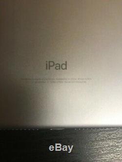 Apple iPad 6th Generation Wifi+Cellular 32GB Unlocked Space Grey A1954 BUNDLE
