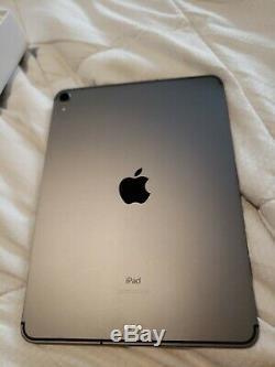 Apple iPad Pro 11 inch 256gb Space Gray Wi-Fi + Cellular UNLOCKED MU162LL/A Nice