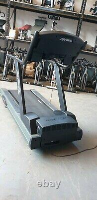 SERVICED Life fitness treadmill 9500HR Commercial Gym Equipment